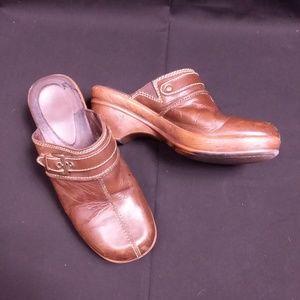 Nickels Women's Size 7 Brown Mules/Clogs/Heels